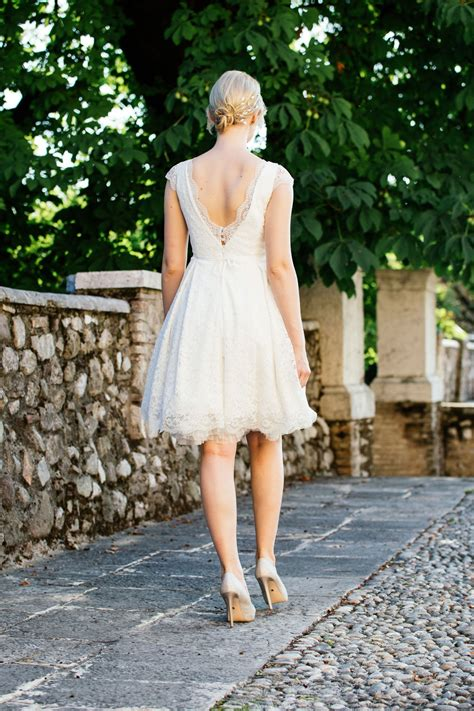 hochzeitskleid rockabilly rockabilly hochzeitskleid in stretchspitze mit taschen