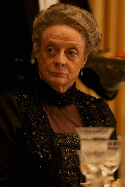 Smith Rushed To Hospital by Downton S Dame Maggie Smith Rushed To Hospital With