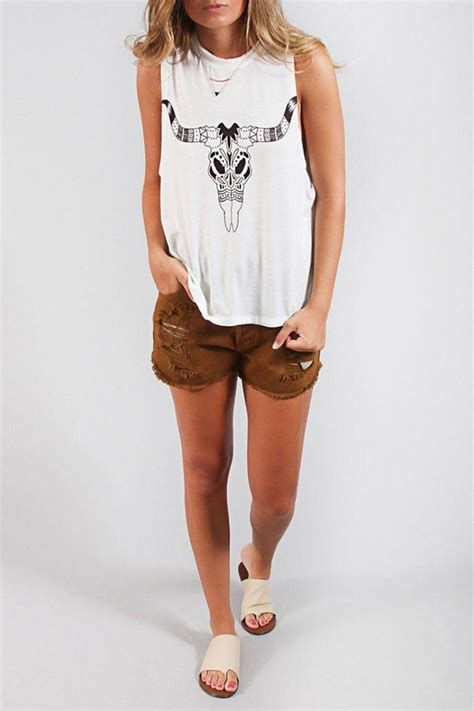 show me your mumu show me your mumu bull skull tank from north carolina by