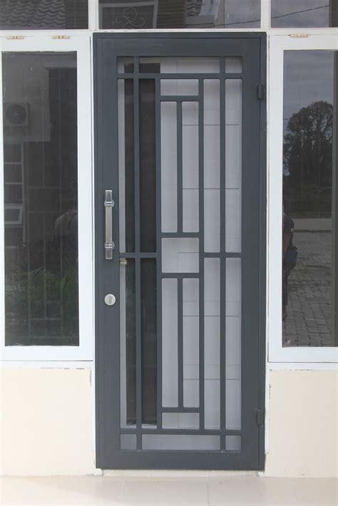 Harga Pintu Besi Jual Pintu Besi Pintu Besi gambar teralis dan pintu besi teralis minimalis clasik