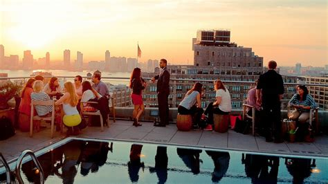 top 10 rooftop bars nyc top 10 best rooftop bars in new york city the luxury