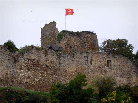 Le château de Talmont Saint Hilaire Guide Tourisme & Vacances
