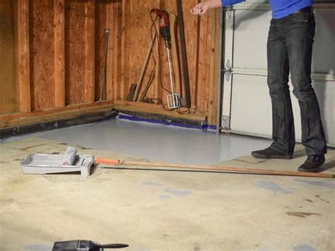 How To Paint Wood Floors Diy Network by How To Paint A Garage Floor With Epoxy How Tos Diy