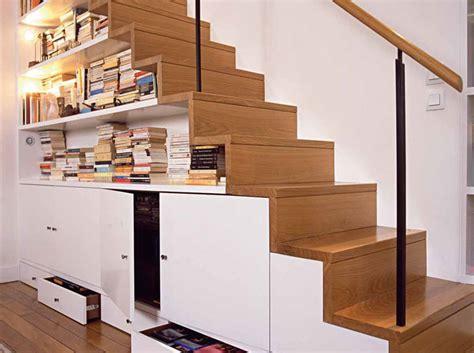 Rangement Chaussures Sous Escalier 348 by Des Rangements Sous Les Escaliers C Est Pratique