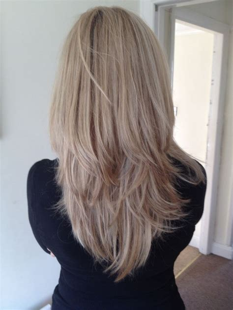 ash brown hair with pale blonde highlights ash chagne hair hair colors ash blondes hair blonde