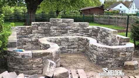 trockenmauer bauen ohne fundament wandgestaltung wohnzimmer trockenmauer selbst bauen aus