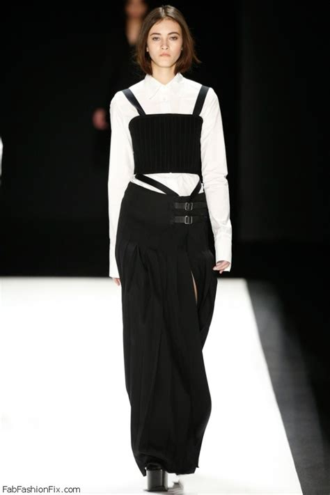 New York Fashion Week Runway Report Vera Wang by Vera Wang Fall Winter 2016 Collection New York Fashion