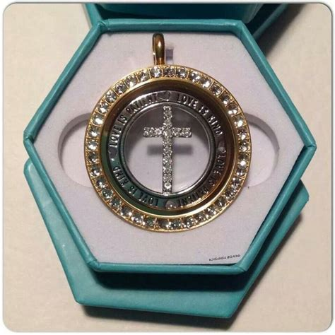 Origami Owl Necklace Display - 39 best origami owl booth images on origami