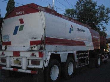 3014t Mainan Mobil Truk Tangki Air mobil tanki minyak penghemat bbm paling uh terbukti