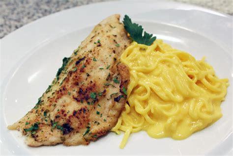come cucinare il filetto di persico africano ricetta filetti di pesce persico con tagliatelle allo