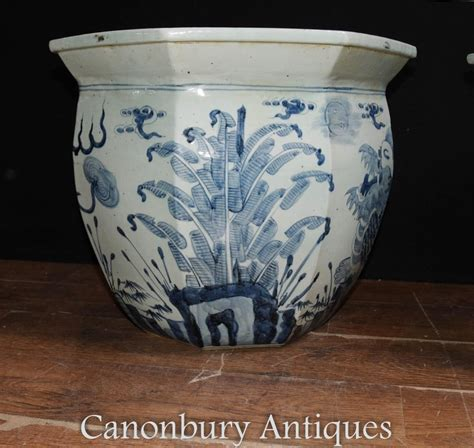 Pair Chinese Blue And White Porcelain Planters Pots Dragon Blue And White Porcelain Planters