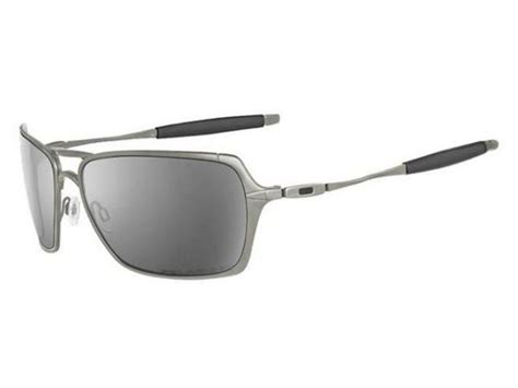 Oakley Inmate Xx Gun Lens Black oakley inmate polished chrome black iridium southern