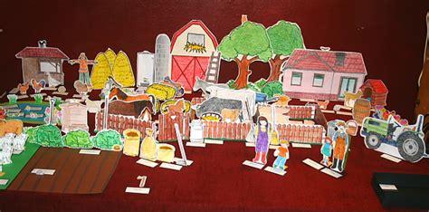giochi della casa di gioco della fattoria montessori per la psicogrammatica