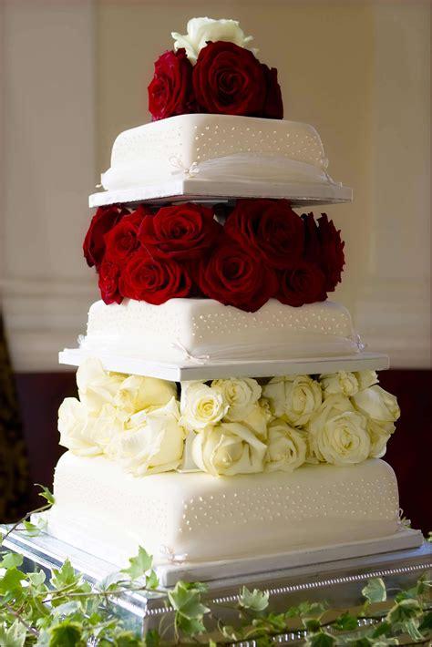 Hochzeitstorte 80 Personen by Hochzeitstorte Mit Bildergalerie Hochzeitsportal24