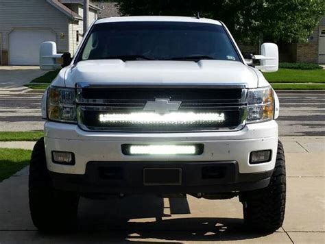Led Light Bar Silverado 40 Inch Led Light Bar And The Grille Bracket For 2007 2013 Chevrolet Silverado Hd