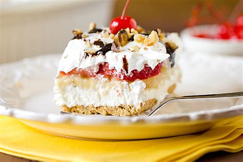 Banana Split Desert For The 15 Tasty Pies For Get Togethers Simplemost