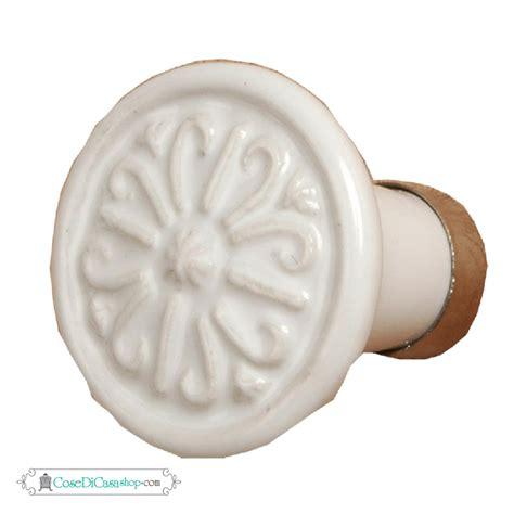 pomello ceramica pomelli deco chic in ceramica e ferro in stile shabby