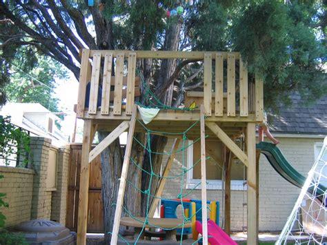 backyard treehouse ideas casa na 225 rvore almo 231 o de sexta