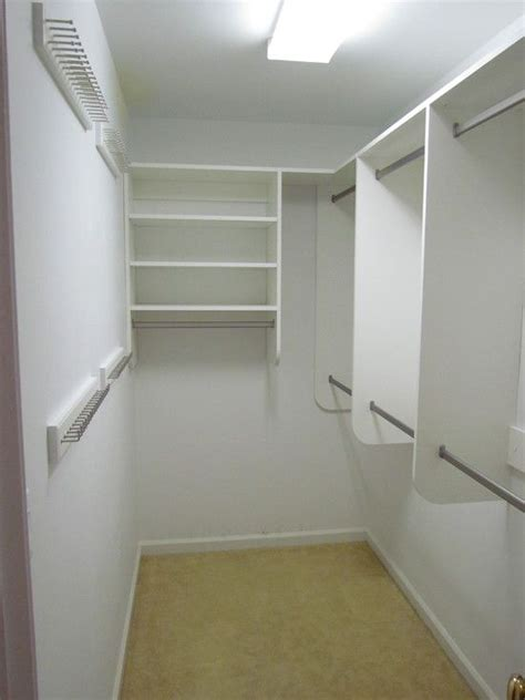 designing  walk  closet  small space designing