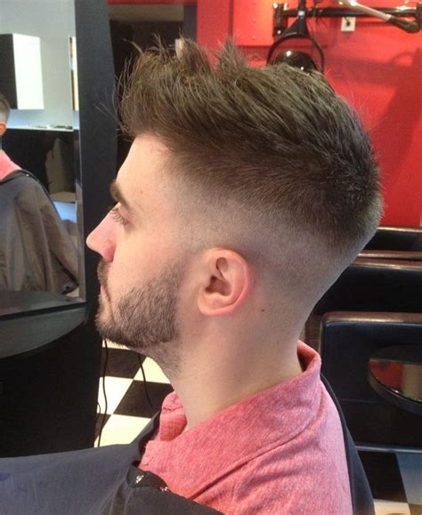 hairtyle faded on the sides mong stylish fade sides astraight razor cut for men good