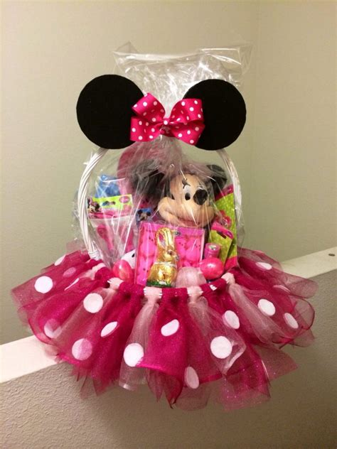 Minnie Mouse Papercraft - the ultimate list of minnie mouse craft ideas disney