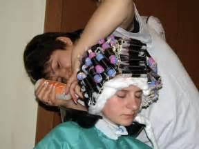 sissy get hair curled sissyperm
