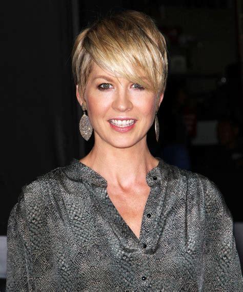 short hair on pinterest jenna elfman haircuts and cool haircuts pictures of jenna elfman google search beauty