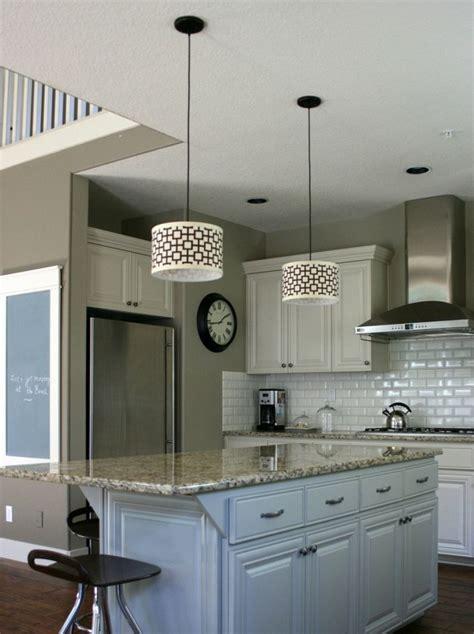 cuisine am駭ag馥 design carrelage m 233 tro blanc ou en couleur d 233 coratif pour la cuisine