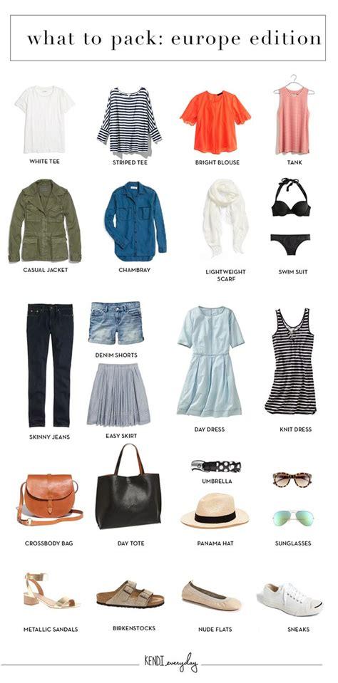 Summer Wardrobe Checklist by Best 25 Travel Wardrobe Summer Ideas On