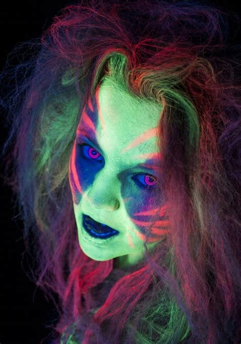 Animal Effects Dan Light 17 best images about uv photography on scarlet animal photography and uv makeup