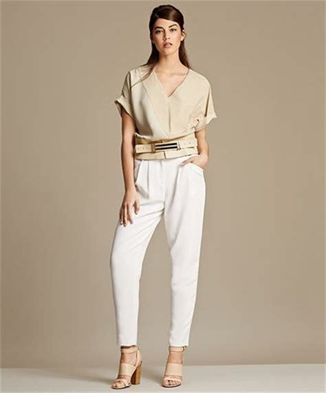 womens fashion mid thurtys how to dress in your 30s 15 styling ideas