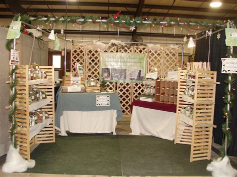 booth design for bazaar craft booth display ideas here s a pic of my christmas