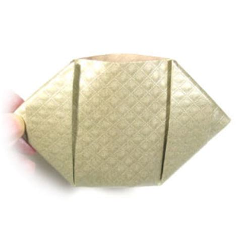Origami Change Purse - how to make an origami coin purse page 1