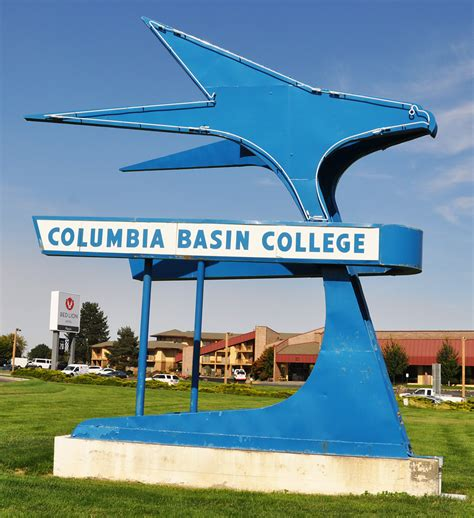 columbia basin college pasco wa washington signs roadsidearchitecture com