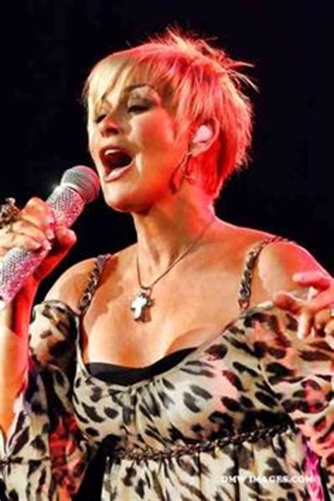 pam tillis new haircut the lovely lorrie morgan i think the short hair style
