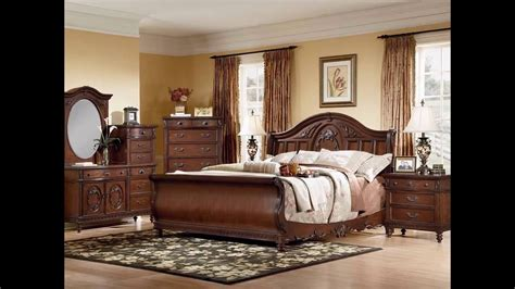 Furniture Bedroom Set by Furniture B429 Wyatt Signature Bedroom Furniture