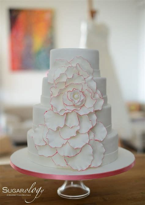 SUGARology for a Special Bespoke Wedding Cake in Dubai