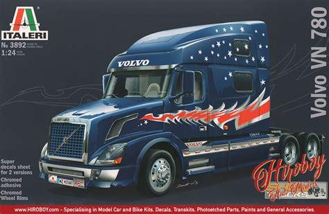 volvo vn  show truck italeri  model kit   italeri