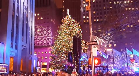 tree lighting rockefeller center thousands attend rockefeller tree lighting