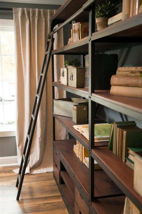 fixer upper book fixer upper spaces and vignettes