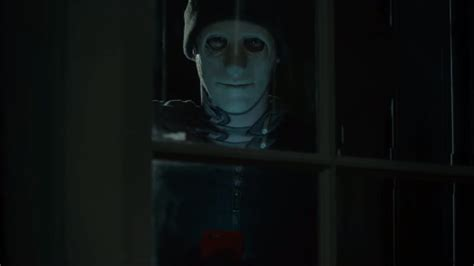 House Front View by Jump Scares In Hush 2016 Where S The Jump
