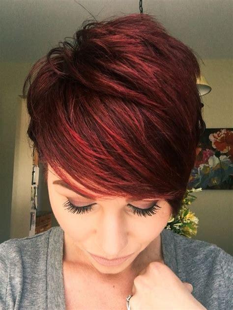auburn cheveux courts  tetes rouges qui coupent le