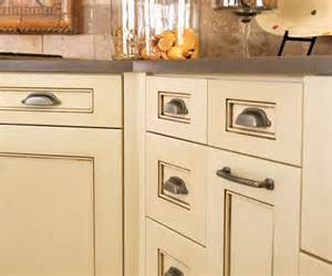 Refinishing Kitchen Cabinets Diy by Diy Refinish Kitchen Cupboards Kitchen Design Ideas