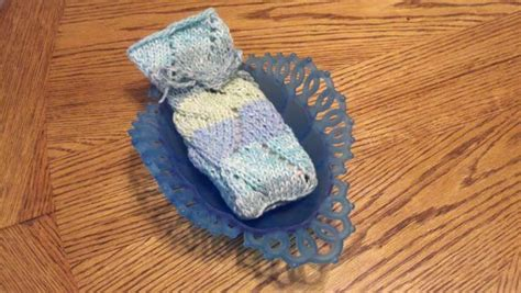 knit pattern soap holder knitted soap holder knitting and more pinterest
