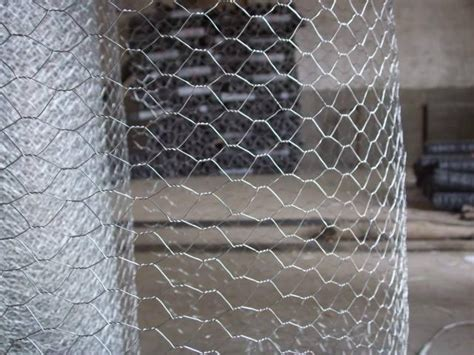Ram Kawat 1 Meter hexagonal galvanized wire mesh for chicken fence and