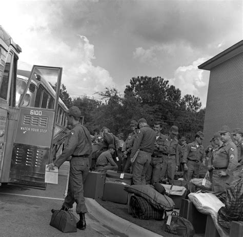 boarding tallahassee florida memory members of the 160th battalion boarding buses in