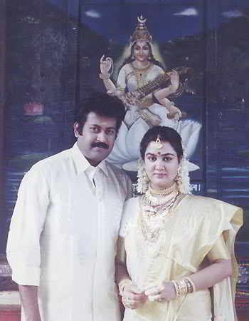 actor urvashi malayalam unseen and rare marriage pictures of malayalam film stars