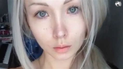 valeria lukyanova and valeria lukyanova amatue 21 no make up okt 2013 youtube