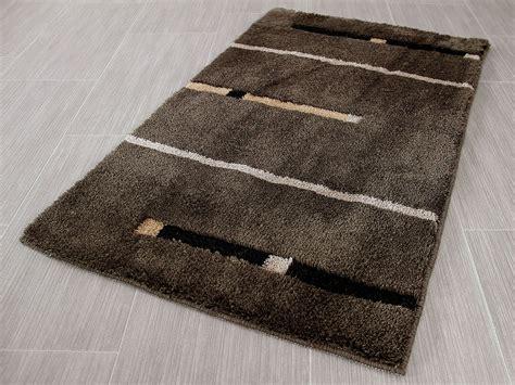 badteppich modern pacific badteppich kabara braun streifen in 5 gr 246 223 en