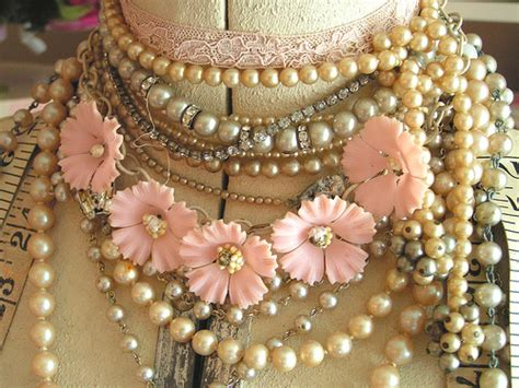 how to make vintage jewelry vintage jewelry bazaar hosted by this n that